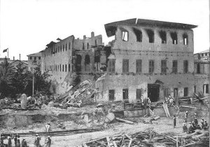 The Sultan's Palace after 40 minutes of war